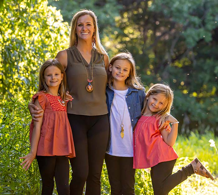 Chiropractor St Paul MN Lindsey Tevlin and Family